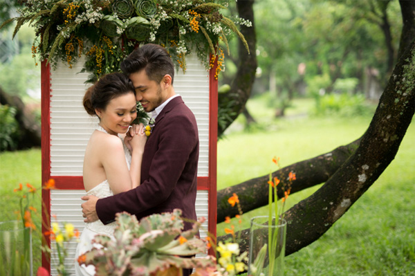 Mexican Themed Editorial Flowers by Dave Sandoval